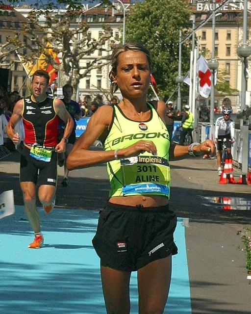 photo1 - ALINE CAMBOULIVES AU ZENITH A LA SUITE DE SON TITRE DE CHAMPIONNE DE FRANCE DE MARATHON / 04-11-12