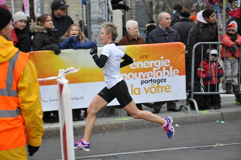DSC 6258 - RESULTATS ET PHOTOS DE L'ESCALADE (SUISSE) : ELITE FEMMES (1ER VOLET) / 01-12-12