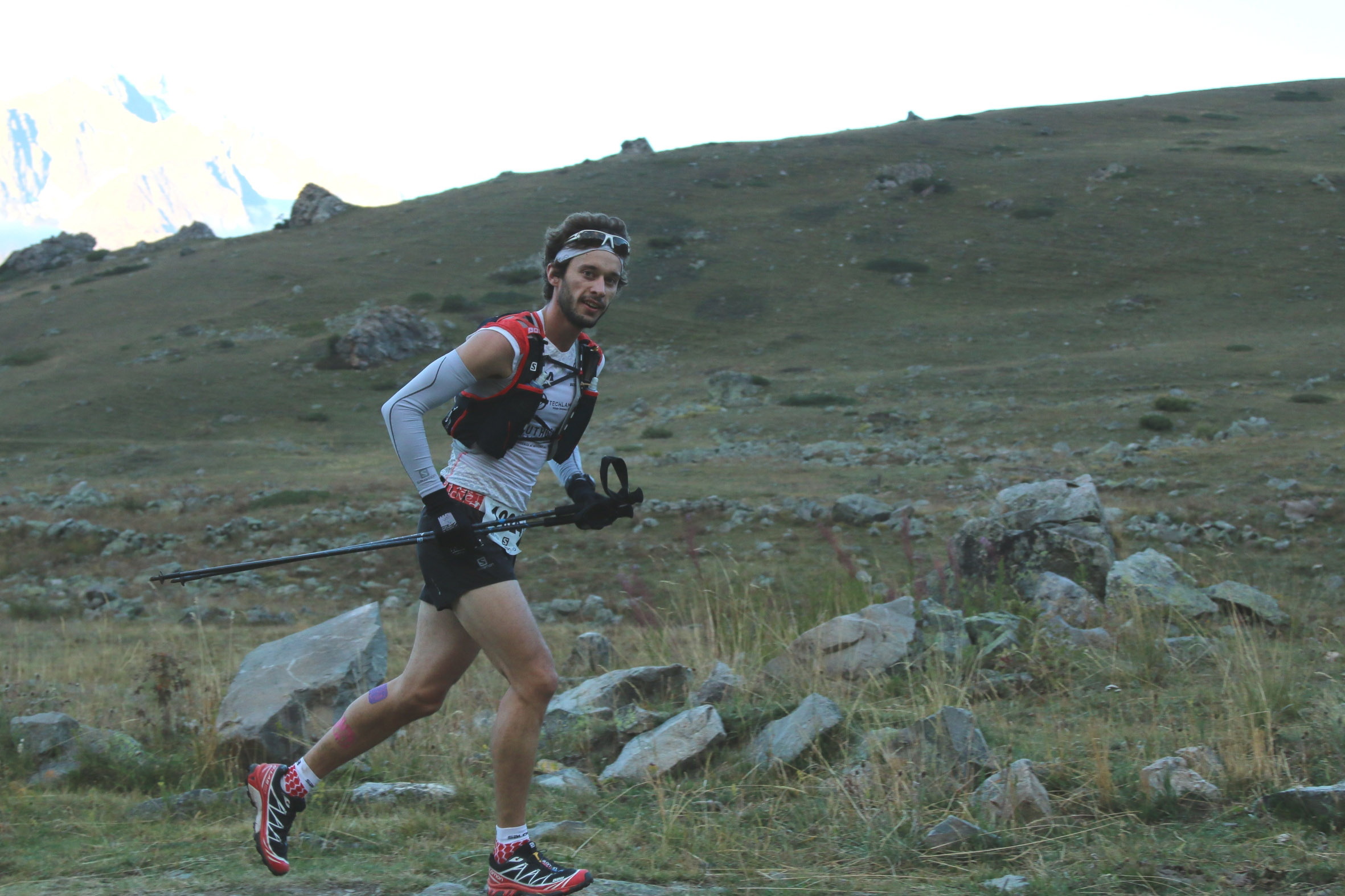 2 Serre Che trail Salomon 2014 Thibaut Baronian 1er exaequo  48 km photo Robert Goin IMG-4482
