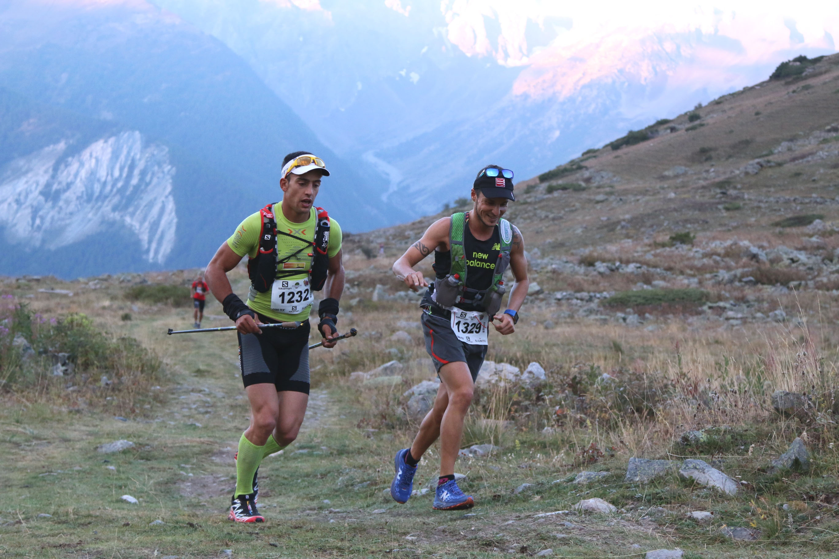 3 Serre Che trail Salomon 2014 de g à d Fabien Nabias 1er exaequo  et Julien Navarro 3ème 48 km photo Robert Goin