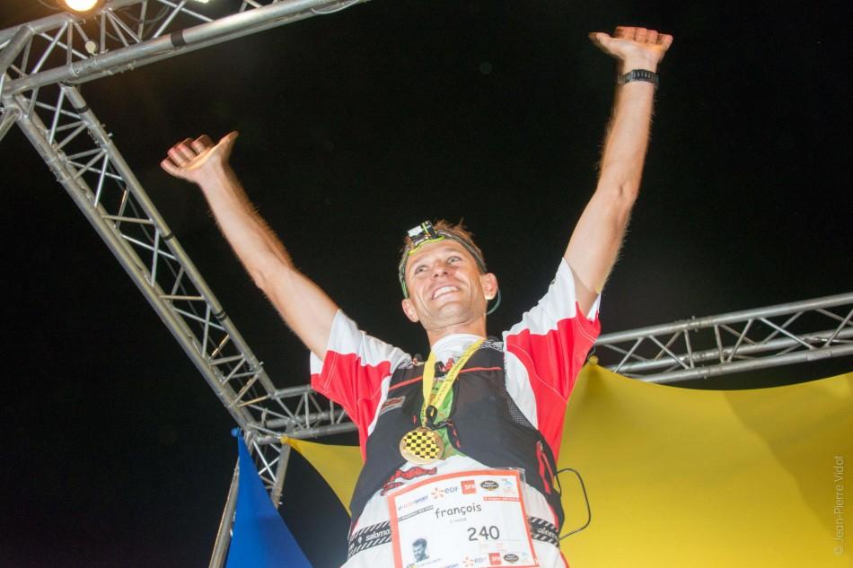 3 François D'Haene vainqueur Grand Raid de la Réunion 2013 crédit JP VIDOT