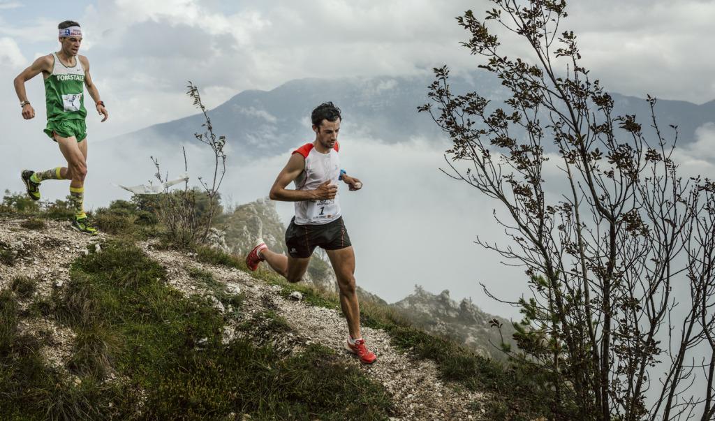 Kilian jornet Marco De Gasperi.┬®JordiSaragossa 1024x603 - Finales des SWS 2014 : K. Jornet couronné malgré l'épine P. Mamu