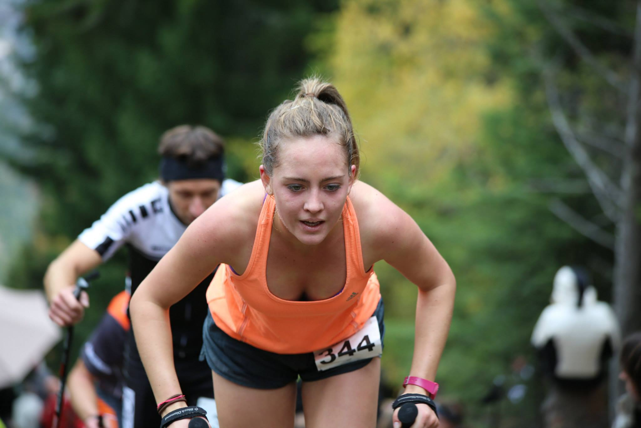 1232997 10152816635279176 5182336994466895082 o - PHOTOS DES ATHLETES FEMININES SUR LE KM VERTICAL DE FULLY (SUISSE) / 25-10-14
