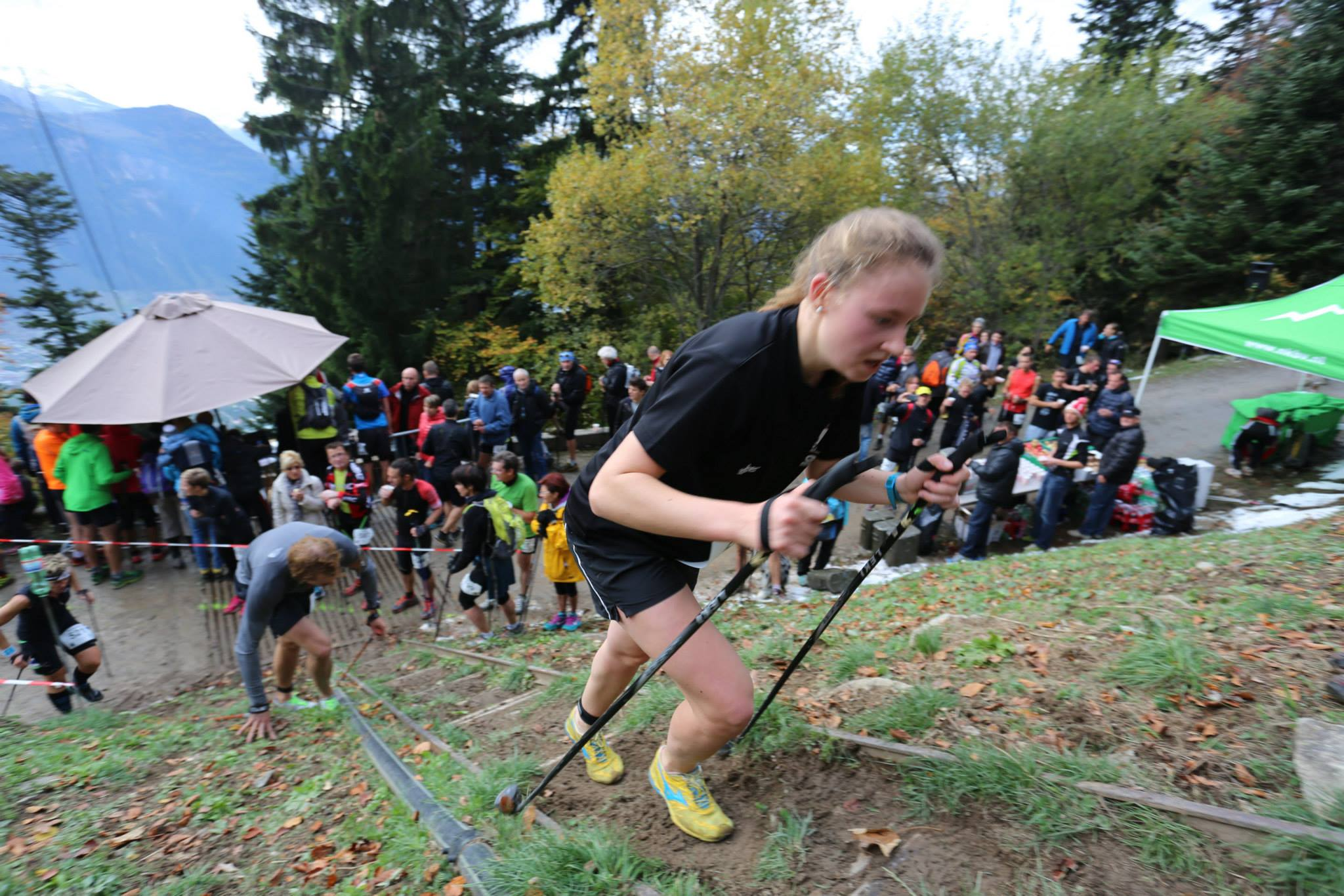 1932799 10152816628964176 2532034451570104310 o - PHOTOS DES ATHLETES FEMININES SUR LE KM VERTICAL DE FULLY (SUISSE) / 25-10-14
