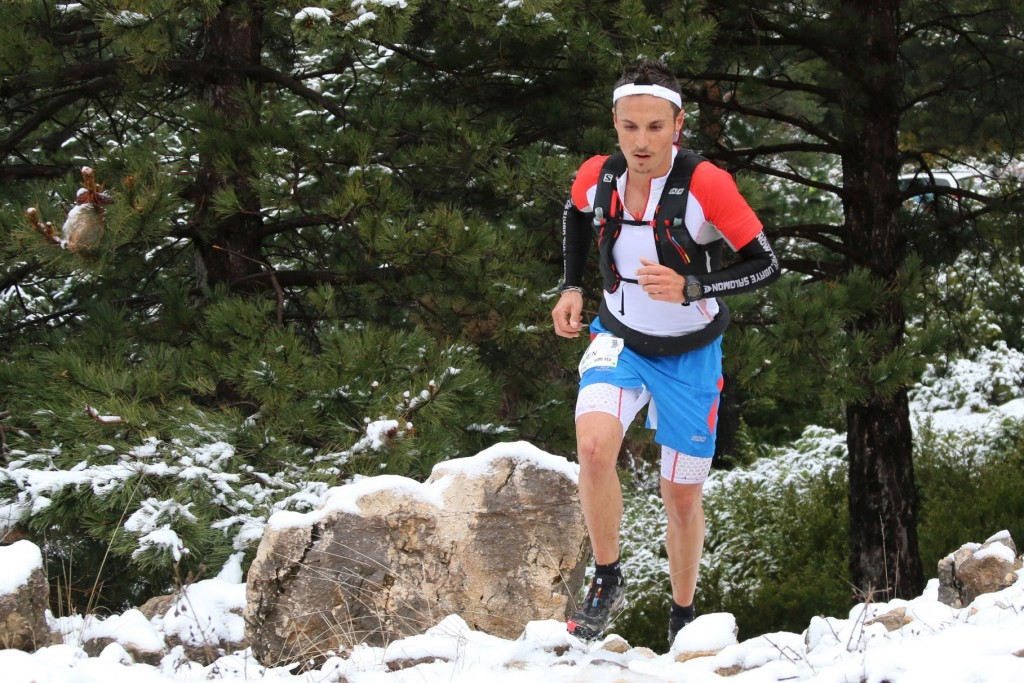 1 Julien Navarro photo Robert Goin 1024x683 - VERTICAUSSES 2015 : 2ème étape des Salomon Skyrunner France Series  (article de Robert Goin)