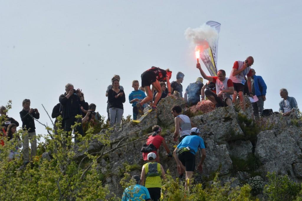 8 Ambiance 42 km Verticausse photo Akunamatata 1024x683 - SKYRUNNER FRANCE SERIES : Le classement provisoire après la VERTICAUSSE du 10 mai.