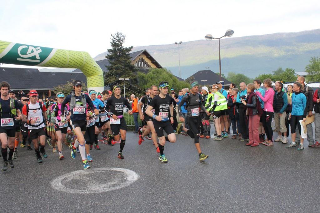 Départ race 51km 1024x682 - RESULTATS TRAIL DU NIVOLET-REVARD 2015 (compte rendu et photos par Alexandre Garin)