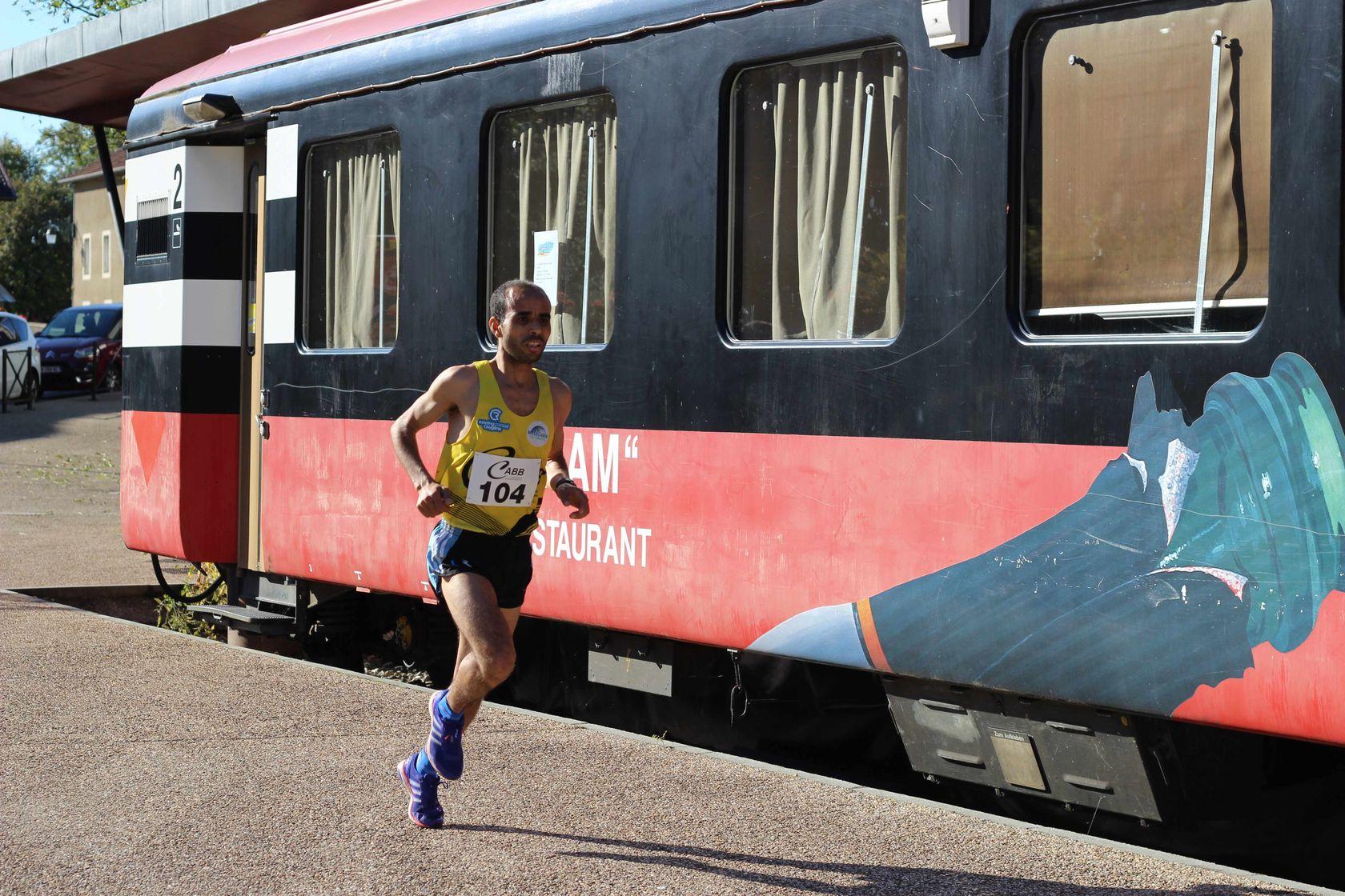 1er Tram - RESULTATS, COMPTES RENDUS ET PHOTOS DE LA VOIE DU TRAM A BELLEGARDE / 04-10-15