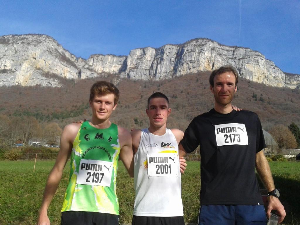 podium 11km 1024x768 - RESULTATS, COMPTE RENDU ET PHOTOS DE LA SANGE'RUN (reportage « TPS Infos » d'Alexandre Garin) / 15-11-15