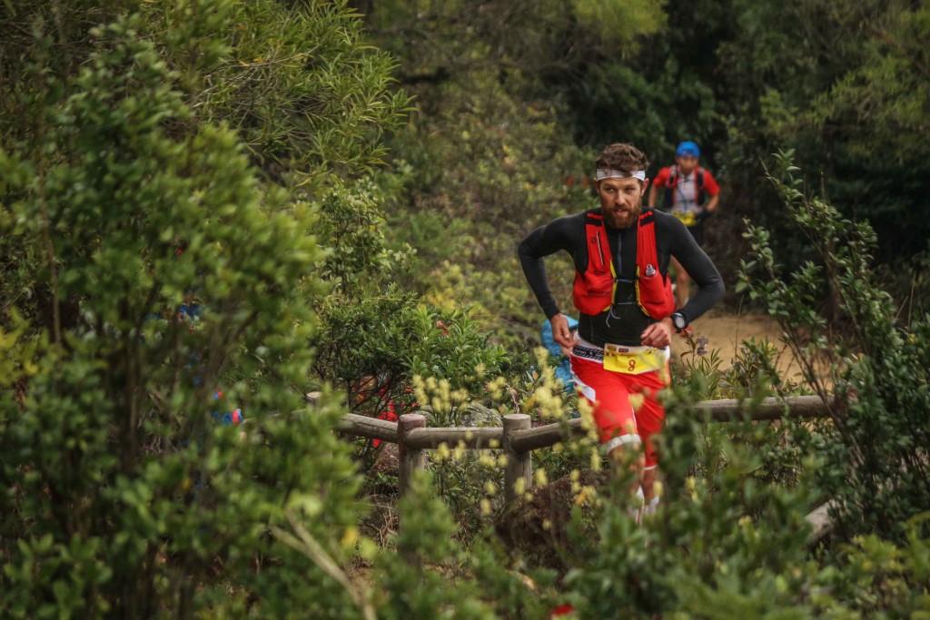 3 François DHaene vainqueur HK 100 photo Philipp Reiter pour Salomon Running 1024x683 - UTWT 2016 : François D'Haene victoire et record sur le Vibram Hong Kong 100 ! (par Robert Goin)