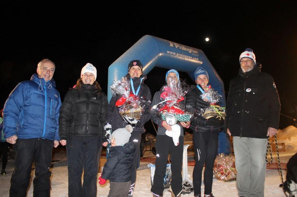 podium féminin 15km