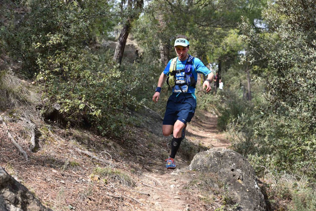 2 Nicolas Martin vainqueur 46 km photo JMK Consult 1024x683 - ZOOM SUR... L'ERGYSPORT TRAIL DU VENTOUX 2016