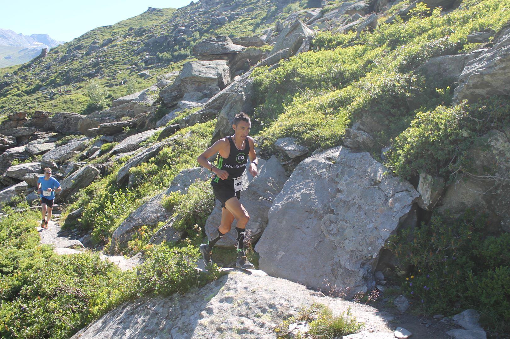 _copie-0_Cédric Bonnefoy de Terre de Running 3ème du 12km p