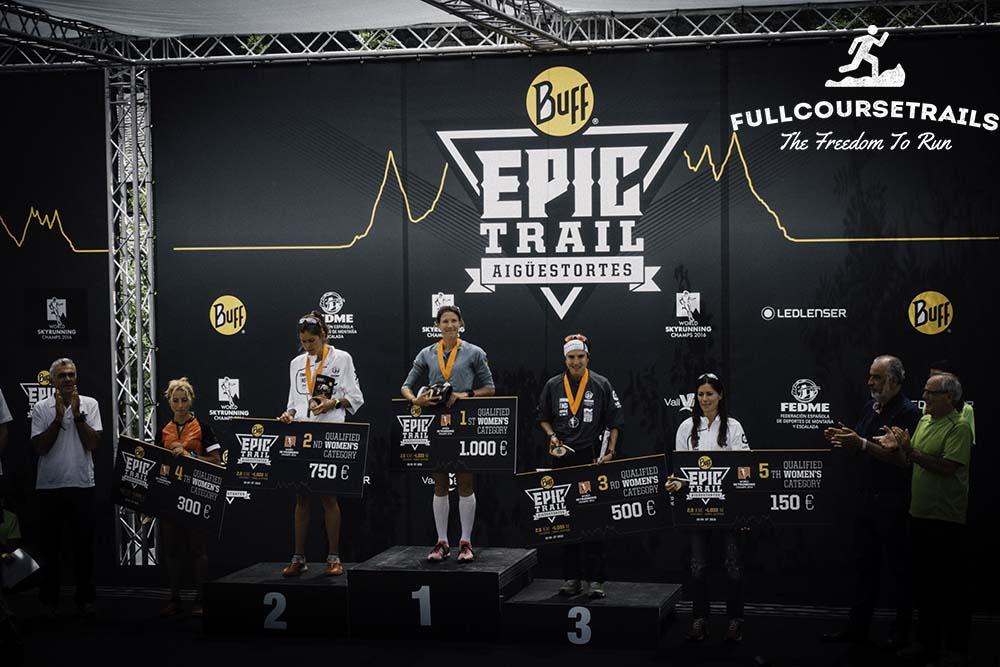 women-podium