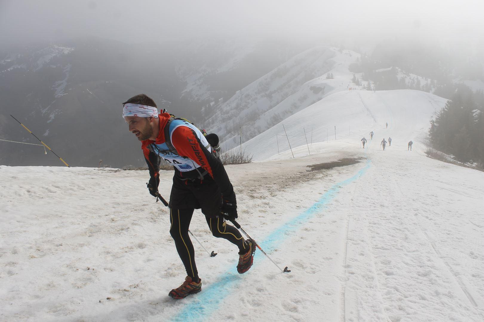 Sommet de la Torraz le brouillard monte - RESULTATS ET REPORTAGE SUR LA 8EME EDITION DE l'ARAVIS SNOW TRAIL  (LA GIETTAZ 73)