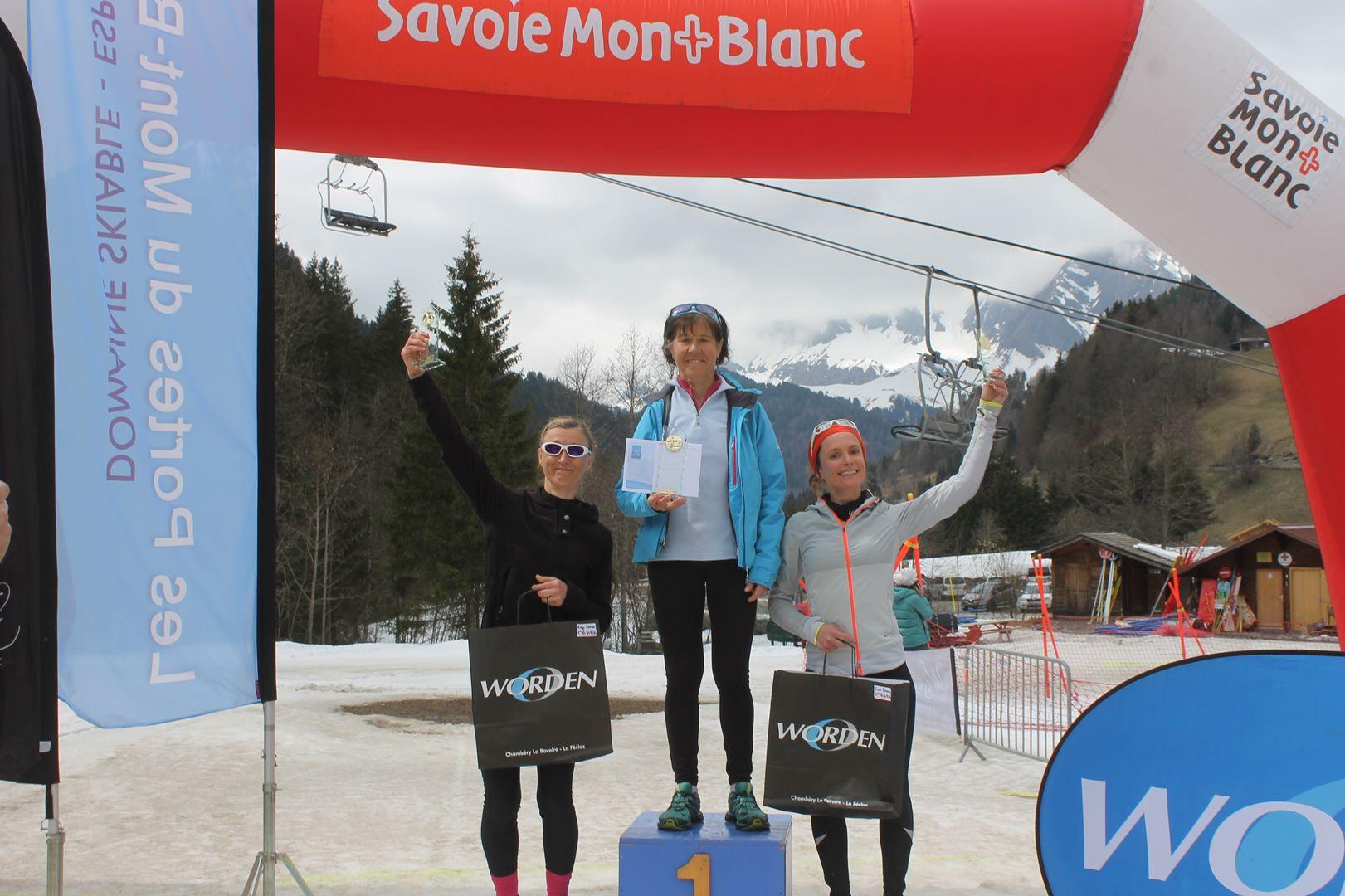 podium vétéranes femmes 17km - RESULTATS ET REPORTAGE SUR LA 8EME EDITION DE l'ARAVIS SNOW TRAIL  (LA GIETTAZ 73)