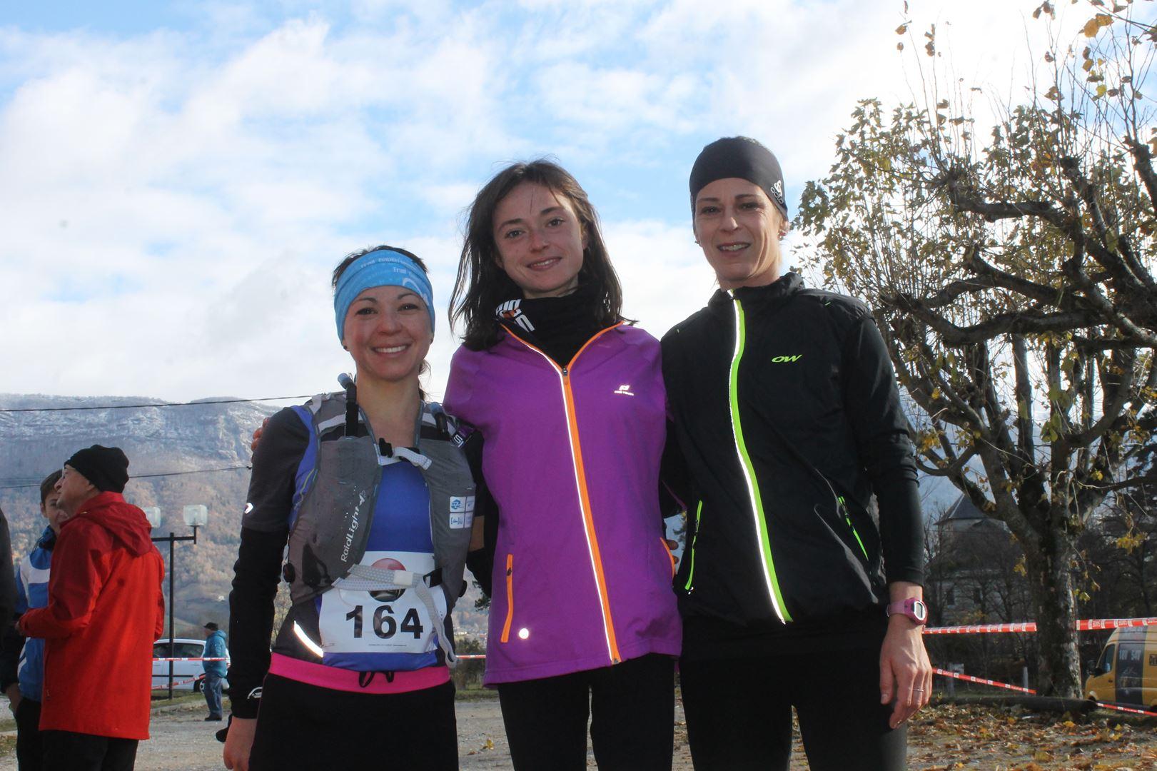 podium féminin du 22km - RESULTATS ET COMPTE RENDU DE LA SANGERUN 26-11-2017 SAINT JEAN D'ARVEY (73)