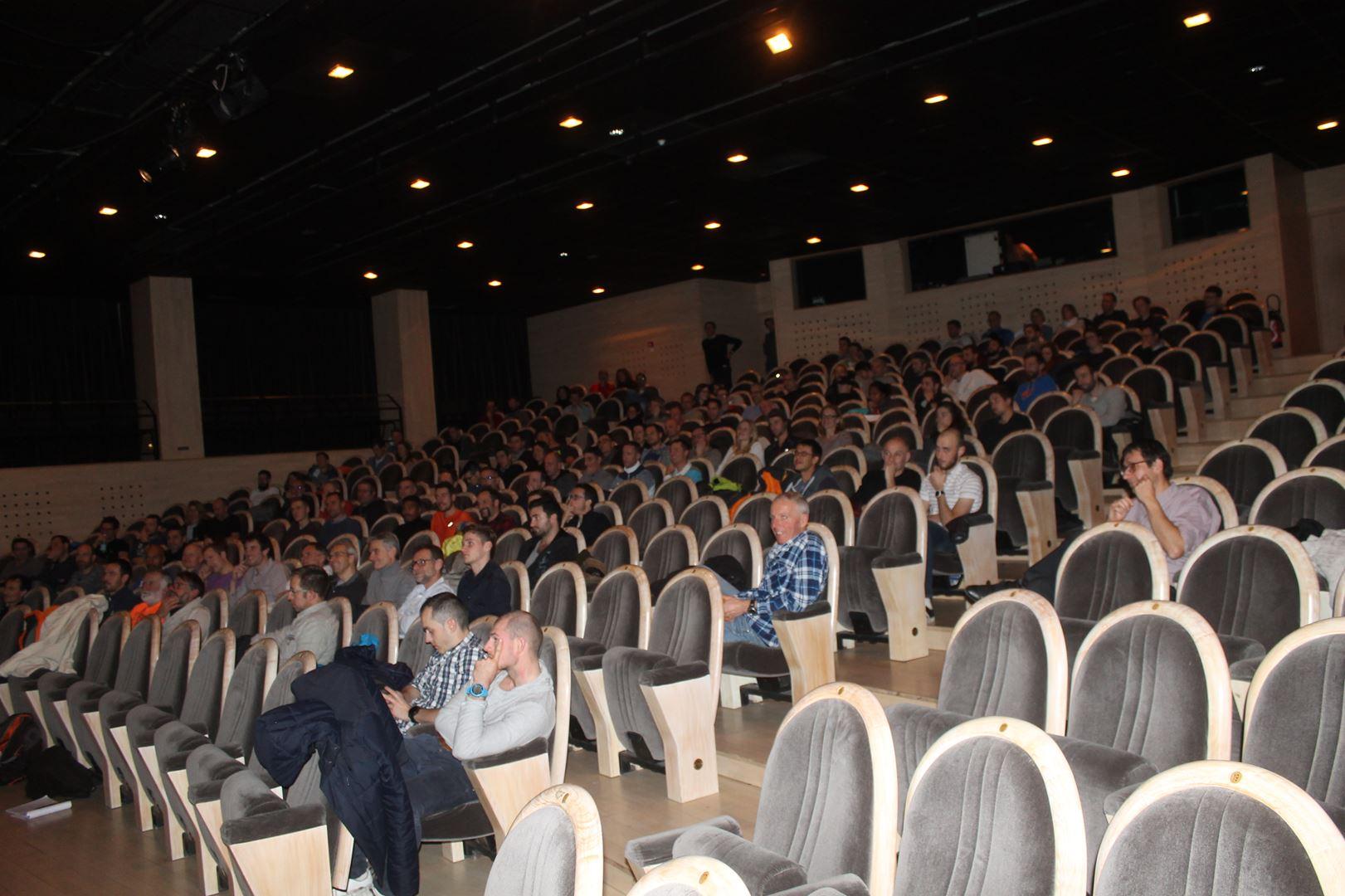 copie 0 IMG 0630 - REUSSIR SON UTMB ET SES ULTRAS (conférence qui s'est déroulée à Chambéry en décembre)