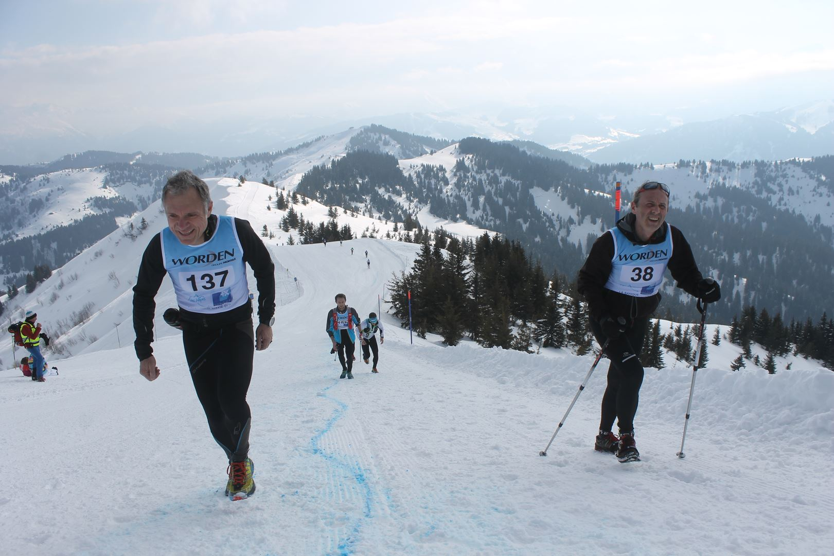 avant le sommet de la torraz 1 - RESULTATS PHOTOS ET COMPTE RENDU DU 9EME ARAVIS SNOW TRAIL (La Giettaz73) 25-03-2018