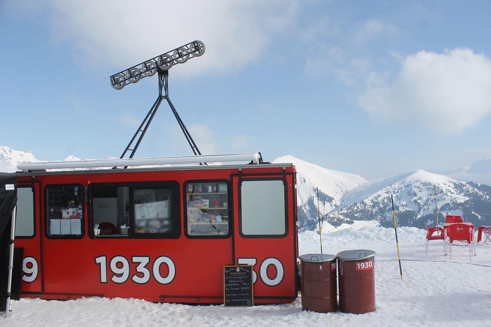 cabine souvenir au sommet 1 - RESULTATS PHOTOS ET COMPTE RENDU DU 9EME ARAVIS SNOW TRAIL (La Giettaz73) 25-03-2018
