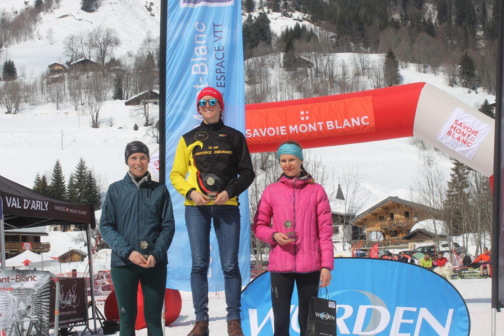 podium femmes du 17km 1 - RESULTATS PHOTOS ET COMPTE RENDU DU 9EME ARAVIS SNOW TRAIL (La Giettaz73) 25-03-2018