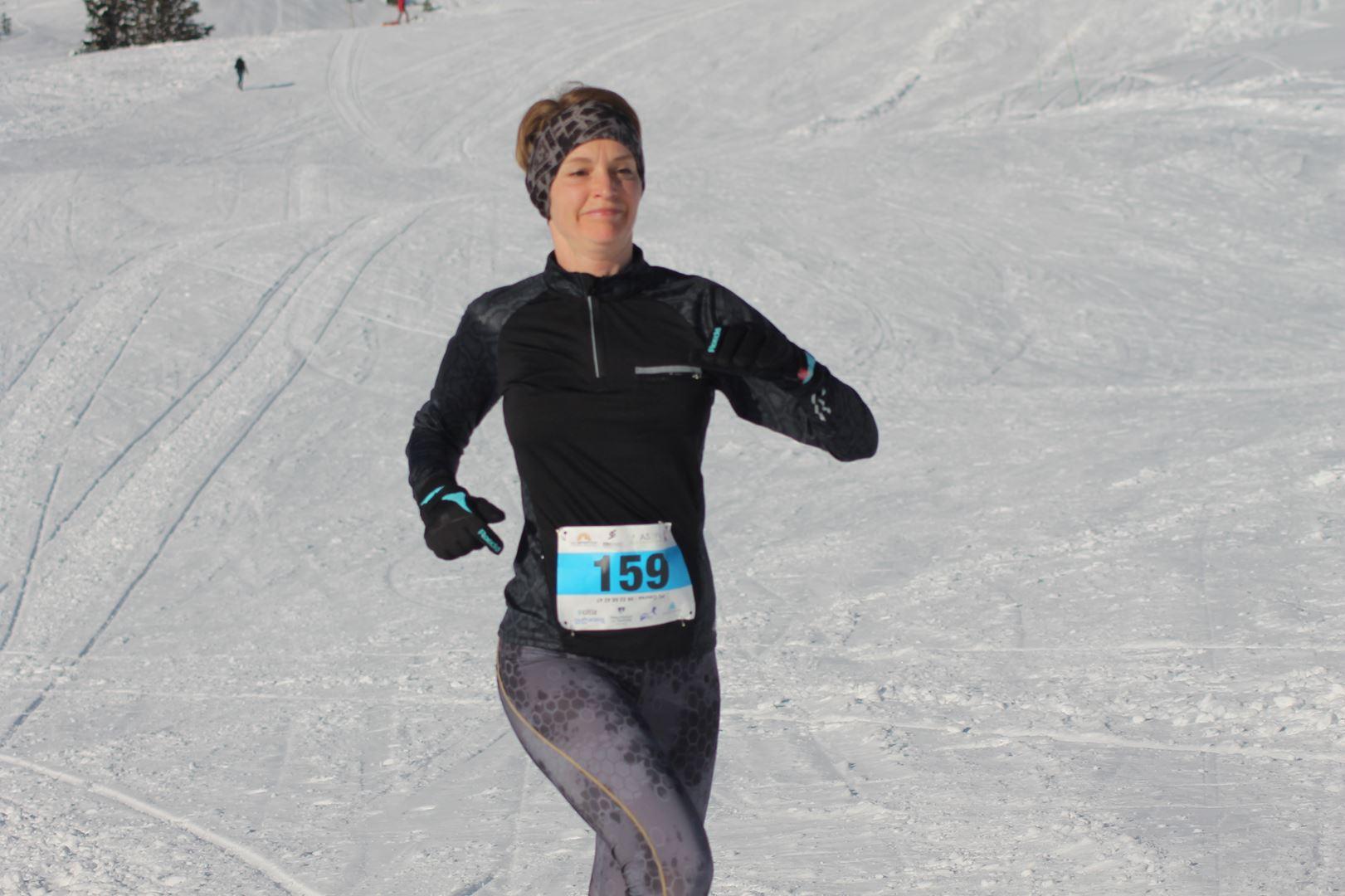 Peggy Munier 2ème femme du 8km - WITT: RESULTATS, PHOTOS ET COMPTE RENDU DU TRAIL BLANC DE CHAMROUSSE 01-04-2018