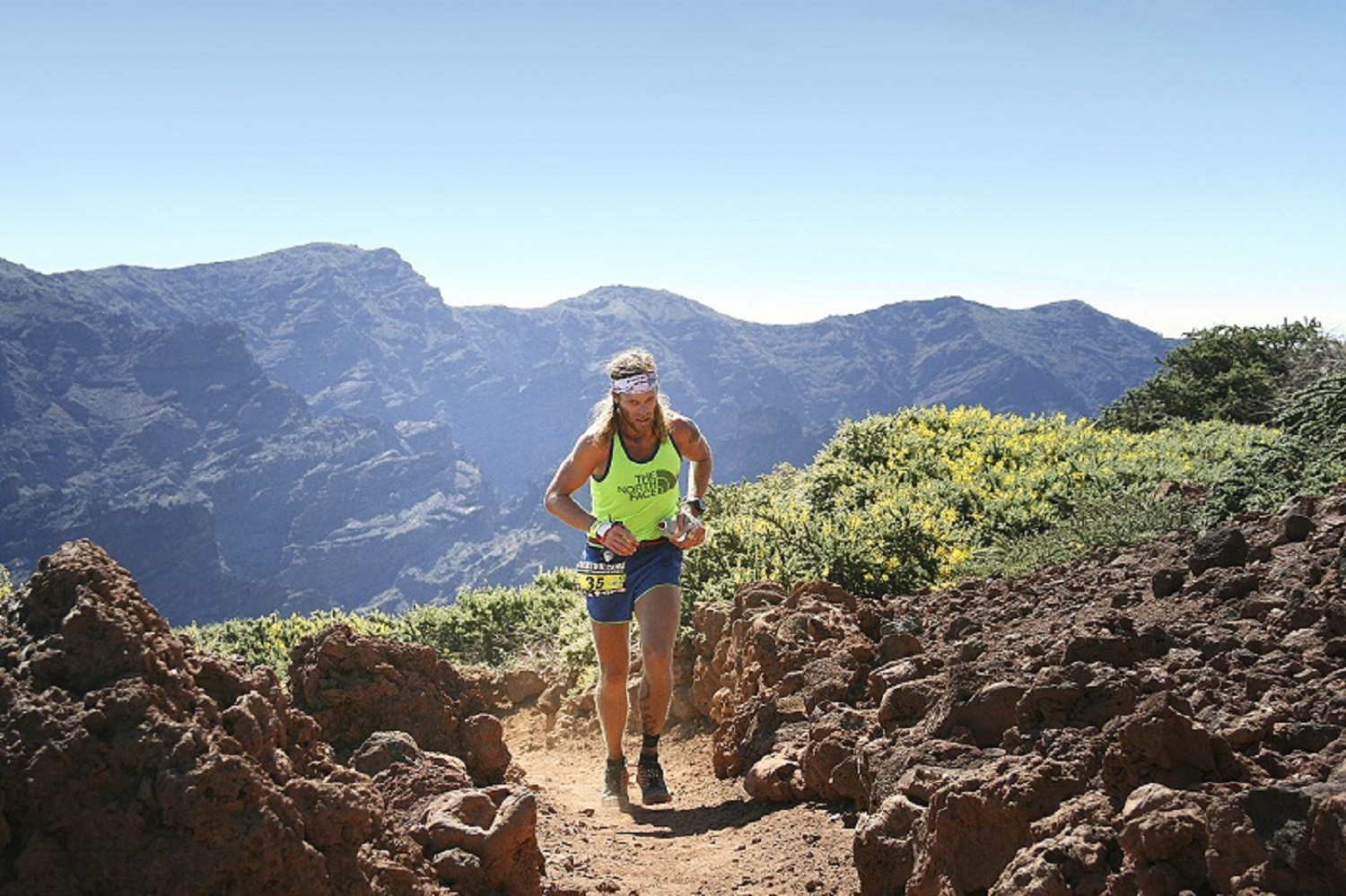 2 Timothy Olson 4th. Transvulcania start. ® ISF - Transvulcania 2014 : Le rendez-vous des stars !
